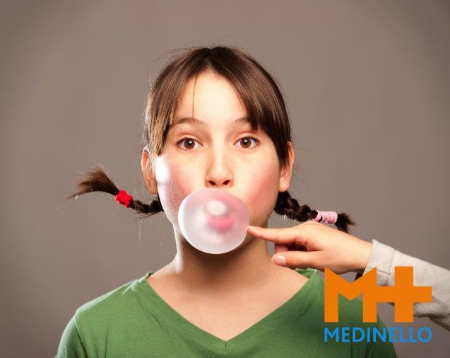 Train je hersenen door te kauwen. Het stimuleert je geheugen en maakt je alert.